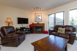 """Photo 3: 3163 ST MORITZ Crescent in Whistler: Blueberry Hill Townhouse for sale in """"BLUEBERRY HILL ESTATES"""" : MLS®# R2218282"""