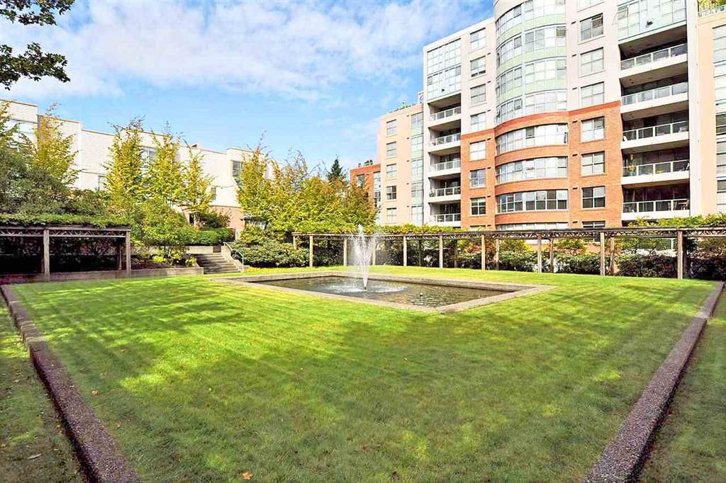 Main Photo: 502 3055 Cambie Street in Vancouver: Fairview VW Condo for sale (Vancouver West)  : MLS®# R2406500