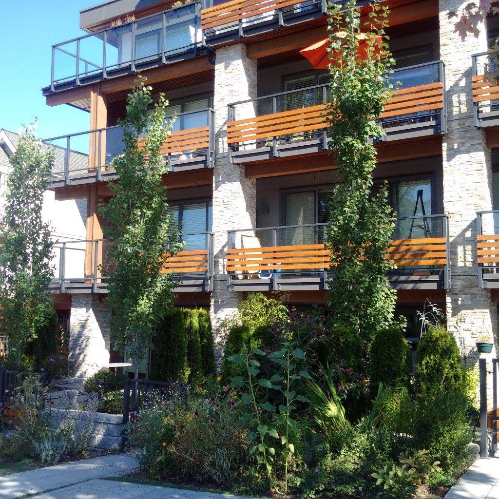 Main Photo: # 301 1661 E 2ND AV in Vancouver: Grandview VE Condo for sale ()  : MLS®# V1049082