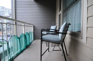 """Photo 7: 417 2665 MOUNTAIN Highway in North Vancouver: Lynn Valley Condo for sale in """"CANYON SPRINGS"""" : MLS®# R2435005"""
