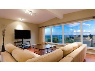 Photo 3: 99 BONNYMUIR DR in West Vancouver: Glenmore House for sale : MLS®# V931888