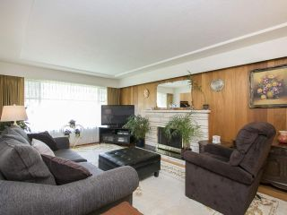 Photo 3: 3175 E 23RD Avenue in Vancouver: Renfrew Heights House for sale (Vancouver East)  : MLS®# R2177505