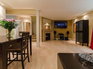 """Photo 4: 1098 PREMIER Street in North Vancouver: Lynnmour Townhouse for sale in """"Lynnmour Village"""" : MLS®# R2031349"""