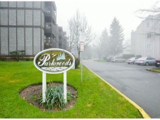 "Photo 11: 404 9672 134TH Street in Surrey: Whalley Condo for sale in ""PARKWOODS"" (North Surrey)  : MLS®# F1429232"