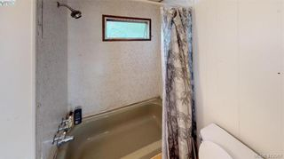 Photo 13: 27-2500 Florence Lake  |  Manufactured Home For Sale