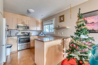 Photo 4: 51 3015 51 Street SW in Calgary: Glenbrook Row/Townhouse for sale : MLS®# A1054474