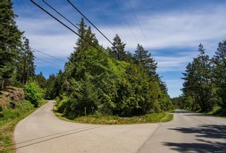 Photo 6: 9904 Castle Rd in Pender Island: GI Pender Island Land for sale (Gulf Islands)  : MLS®# 876033