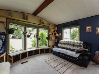 Photo 14: 2550 COPPERFIELD ROAD in COURTENAY: CV Courtenay City Manufactured Home for sale (Comox Valley)  : MLS®# 790511