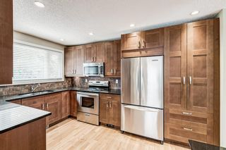 Photo 7: 6416 Larkspur Way SW in Calgary: North Glenmore Park Detached for sale : MLS®# A1127442