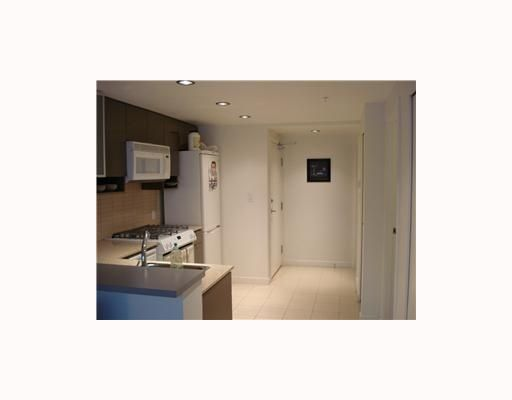 """Photo 10: Photos: 1706 928 BEATTY Street in Vancouver: Downtown VW Condo for sale in """"THE MAX"""" (Vancouver West)  : MLS®# V683838"""
