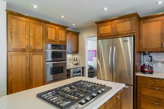 Photo 6: 3383 ROBINSON ROAD in North Vancouver: Lynn Valley House for sale : MLS®# R2096046