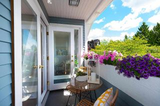 """Photo 4: 4 2017 W 15TH Avenue in Vancouver: Kitsilano Townhouse for sale in """"Upper Kits/ Lower Shaughnessy"""" (Vancouver West)  : MLS®# R2595501"""