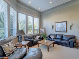 Photo 3: 777 Wesley Crt in : SE Cordova Bay House for sale (Saanich East)  : MLS®# 888301