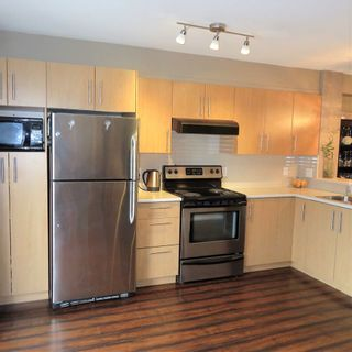 """Photo 2: 83 20875 80 Avenue in Langley: Willoughby Heights Townhouse for sale in """"Pepperwood"""" : MLS®# R2347213"""