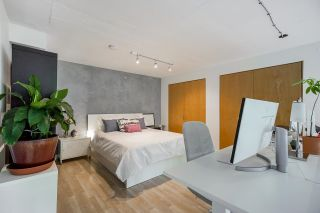 """Photo 23: 518 22 E CORDOVA Street in Vancouver: Downtown VE Condo for sale in """"Van Horne"""" (Vancouver East)  : MLS®# R2600370"""