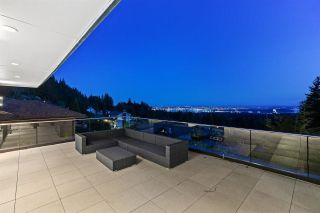 Photo 5: 5181 MADEIRA Court in North Vancouver: Canyon Heights NV House for sale : MLS®# R2594066