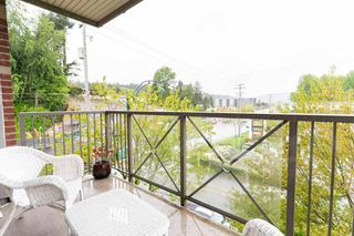 """Photo 31: 302 3240 ST JOHNS Street in Port Moody: Port Moody Centre Condo for sale in """"THE SQUARE"""" : MLS®# R2577268"""