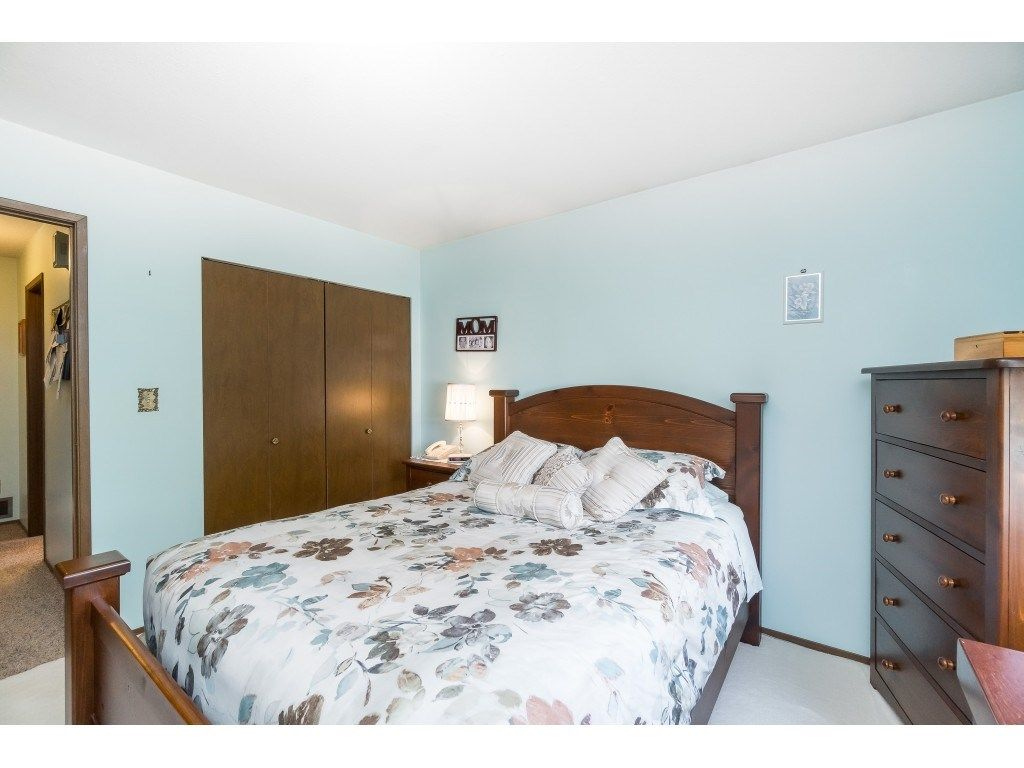 Photo 11: Photos: 3265 CHEAM Drive in Abbotsford: Abbotsford West House for sale : MLS®# R2417176