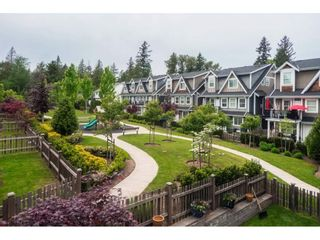 """Photo 19: 27 15988 32 Avenue in Surrey: Grandview Surrey Townhouse for sale in """"BLU"""" (South Surrey White Rock)  : MLS®# R2420244"""