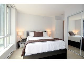 Photo 6: 209 1082 SEYMOUR Street in Vancouver: Downtown VW Condo for sale (Vancouver West)  : MLS®# V963736
