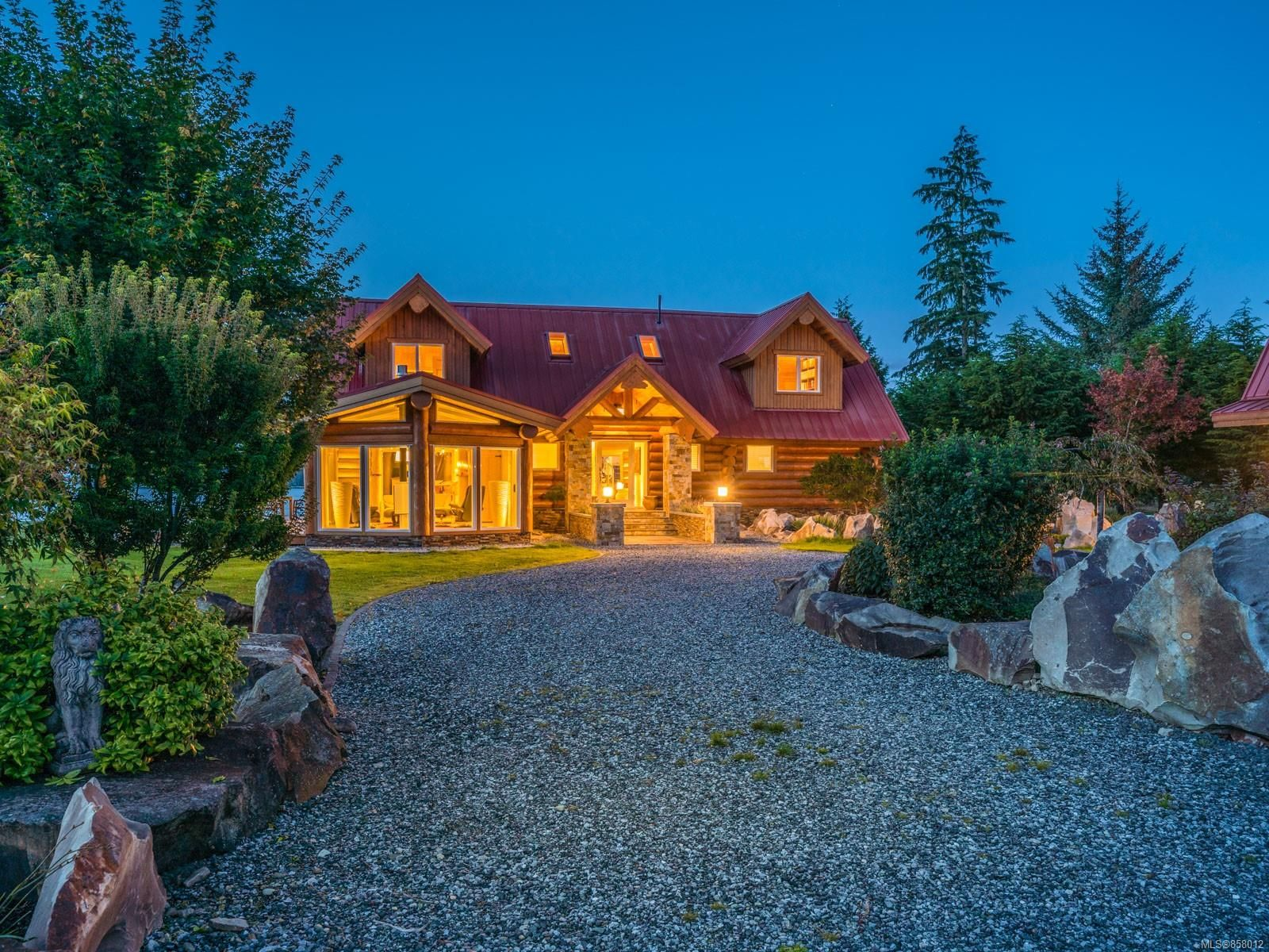 Photo 3: Photos: 6030 MINE Rd in : NI Port McNeill House for sale (North Island)  : MLS®# 858012