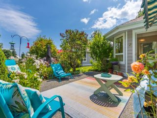 Photo 2: 1207 Saturna Dr in PARKSVILLE: PQ Parksville Row/Townhouse for sale (Parksville/Qualicum)  : MLS®# 844489