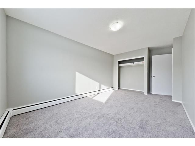 Photo 26: Photos: 118 3809 45 Street SW in Calgary: Glenbrook House for sale : MLS®# C4096404