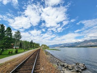 Photo 3: 4392 COY ROAD in Invermere: House for sale : MLS®# 2460410