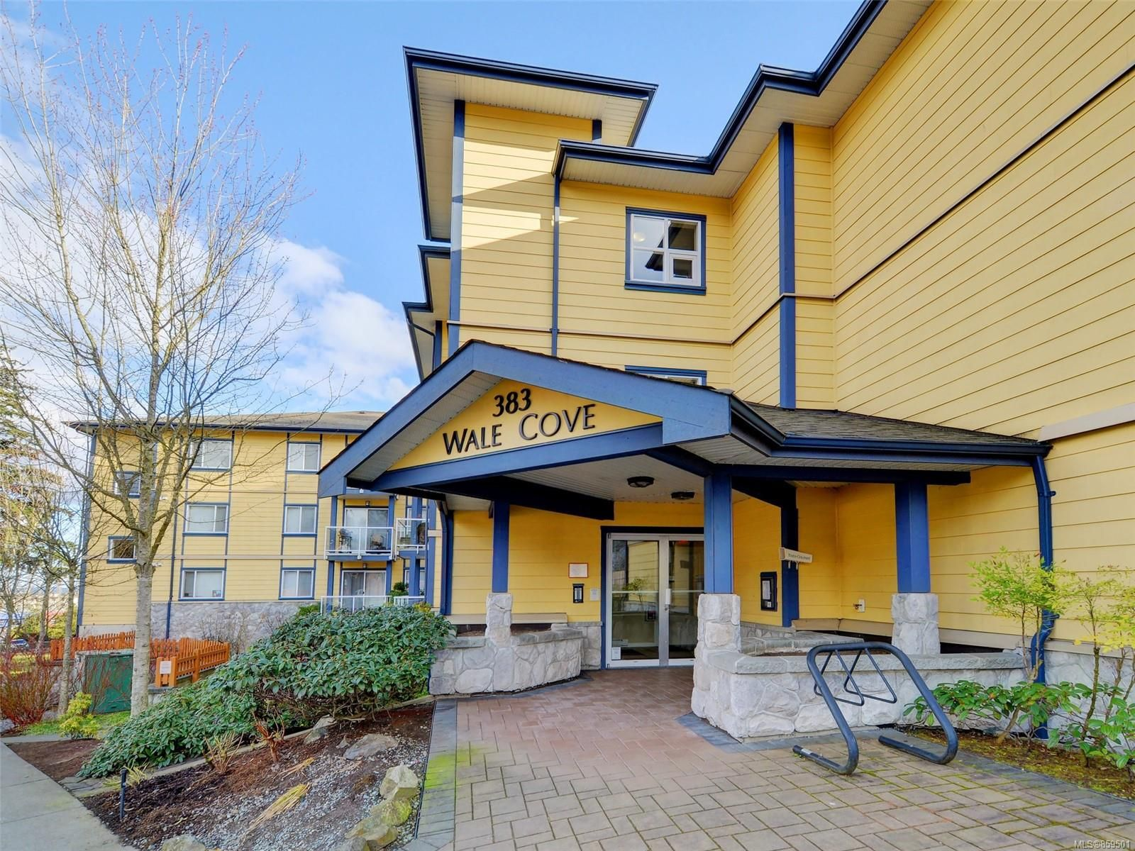 Main Photo: 108 383 Wale Rd in : Co Colwood Corners Condo for sale (Colwood)  : MLS®# 859501