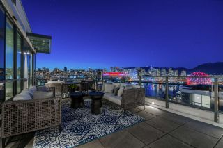 """Photo 13: 1402 1688 PULLMAN PORTER Street in Vancouver: Mount Pleasant VE Condo for sale in """"NAVIO AT THE CREEK"""" (Vancouver East)  : MLS®# R2554724"""