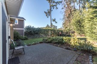 Photo 10: 2307 Chilco Rd in VICTORIA: VR Six Mile House for sale (View Royal)  : MLS®# 808892