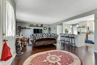 Photo 6: 739 64 Avenue NW in Calgary: Thorncliffe Detached for sale : MLS®# A1086538