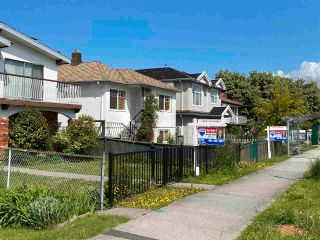 Photo 5: 831 NANAIMO Street in Vancouver: Hastings House for sale (Vancouver East)  : MLS®# R2577523