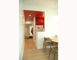 """Photo 5: 989 NELSON Street in Vancouver: Downtown VW Condo for sale in """"THE ELECTRA"""" (Vancouver West)  : MLS®# V639225"""