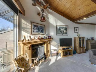 "Photo 10: 17 220 E 4TH Street in North Vancouver: Lower Lonsdale Townhouse for sale in ""Custer Court"" : MLS®# R2538905"
