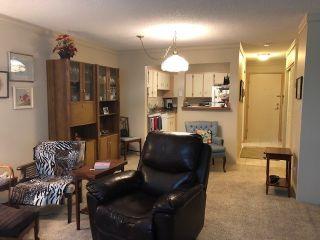 Photo 4: 207 1561 VIDAL STREET: White Rock Condo for sale (South Surrey White Rock)  : MLS®# R2541777