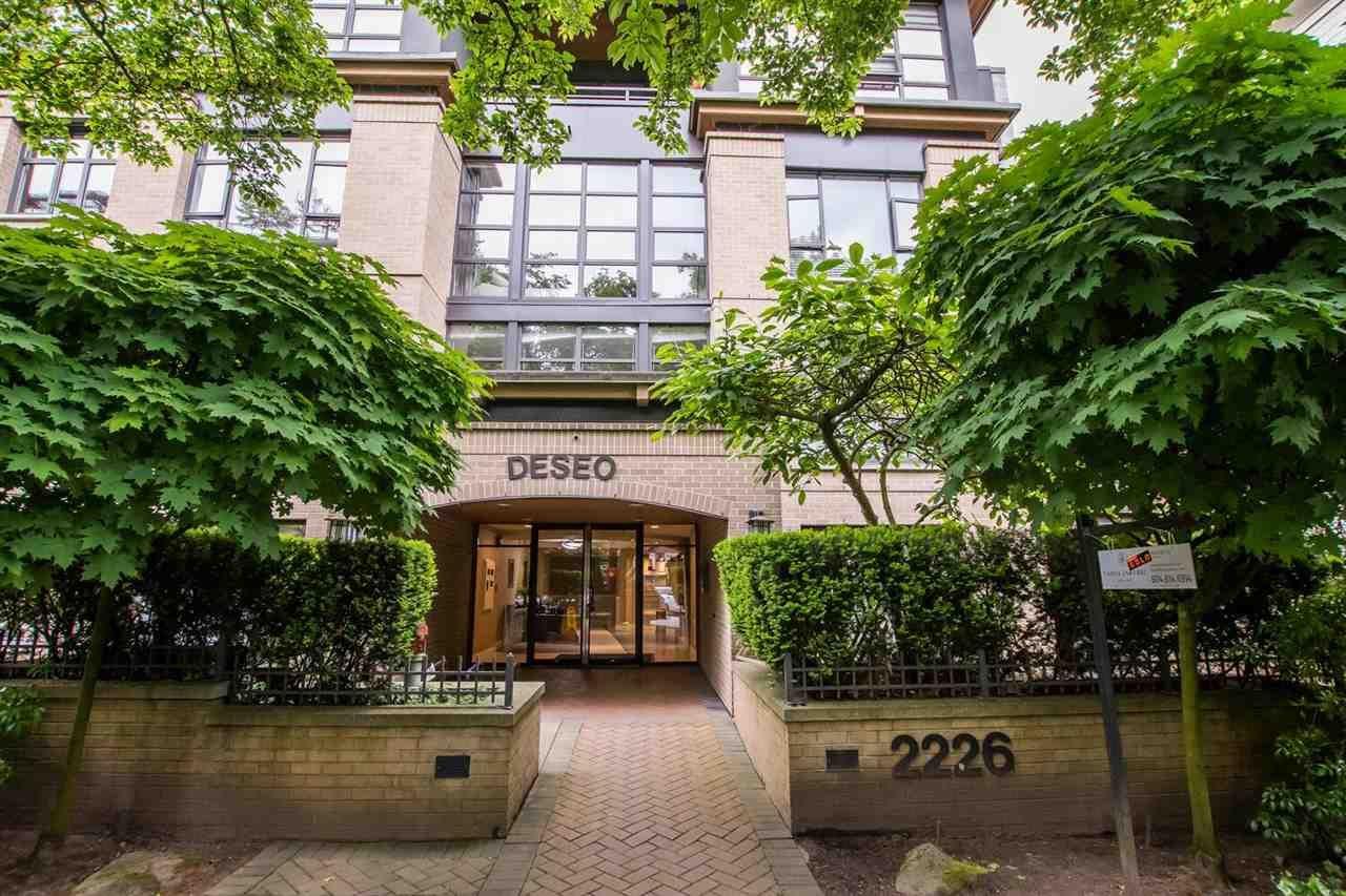 "Main Photo: 301 2226 W 12TH Avenue in Vancouver: Kitsilano Condo for sale in ""DESEO"" (Vancouver West)  : MLS®# R2585632"