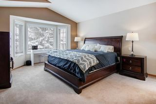 Photo 10: 95 Rocky Ridge Drive NW in Calgary: Rocky Ridge Detached for sale : MLS®# A1067498