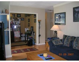 """Photo 6: 1381 WHITEWOOD Place in North_Vancouver: Norgate House for sale in """"NORGATE"""" (North Vancouver)  : MLS®# V666523"""
