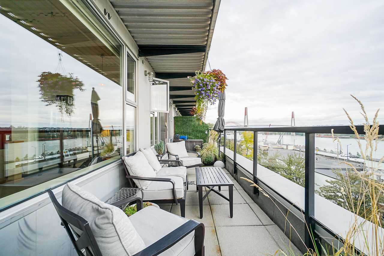 """Main Photo: 507 549 COLUMBIA Street in New Westminster: Downtown NW Condo for sale in """"C2C"""" : MLS®# R2561438"""