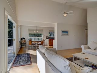 Photo 11: 304 GEORGIA Drive in Gibsons: Gibsons & Area House for sale (Sunshine Coast)  : MLS®# R2622245