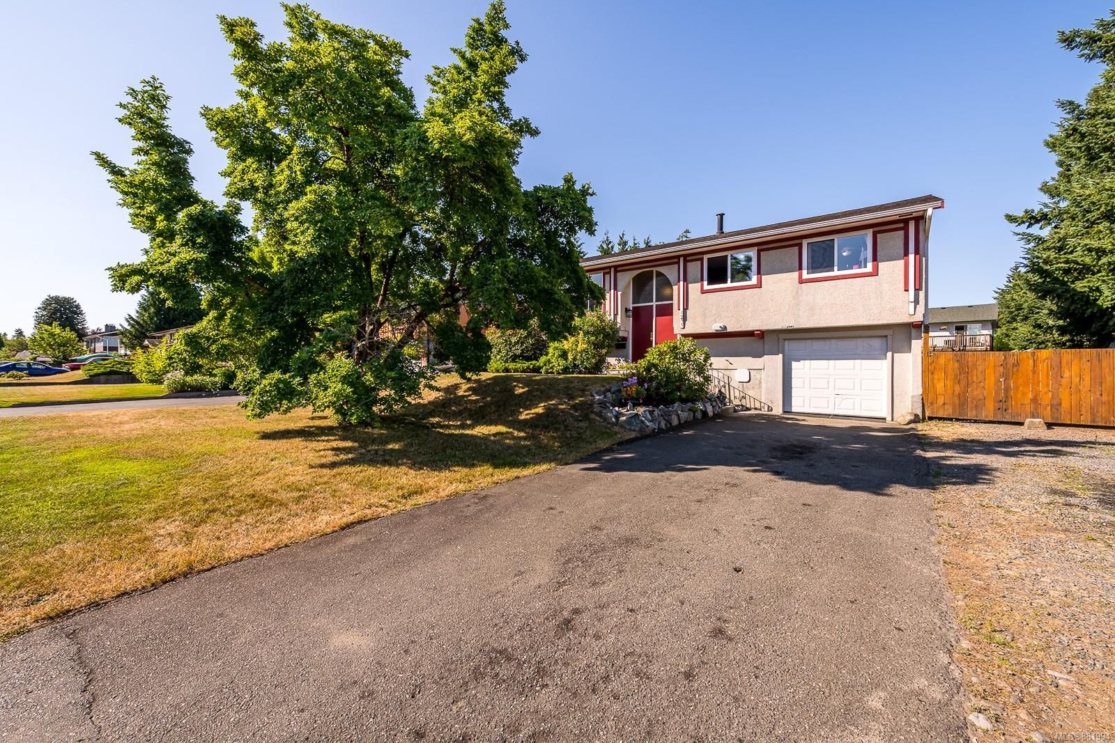 Photo 22: Photos: 1935 Fitzgerald Ave in : CV Courtenay City House for sale (Comox Valley)  : MLS®# 881994