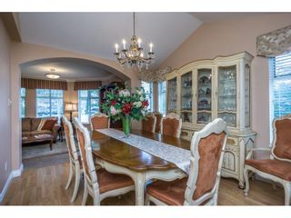 """Photo 6: 24 19649 53 Avenue in Langley: Langley City Townhouse for sale in """"Huntsfield Green"""" : MLS®# R2155558"""