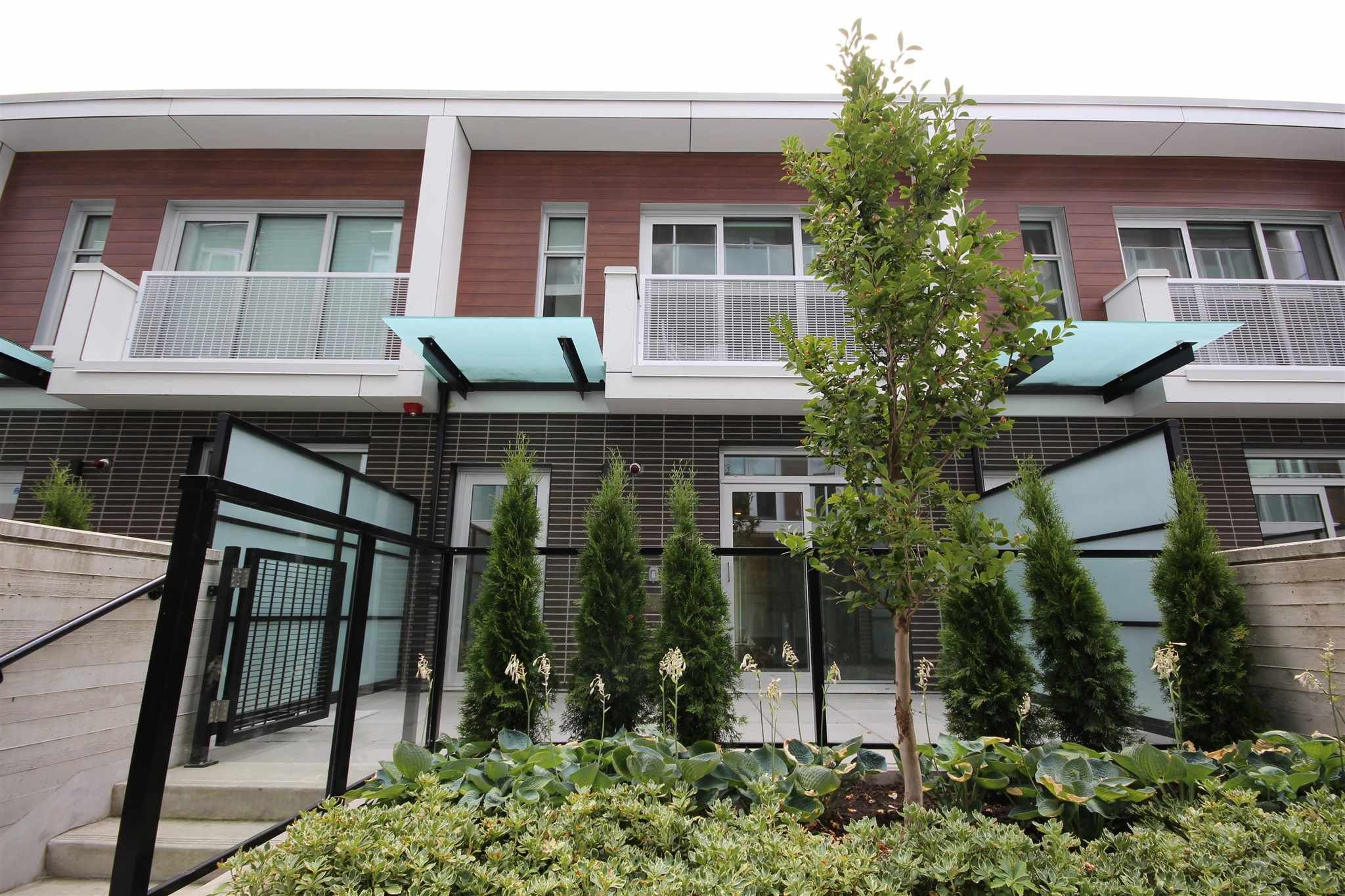 """Main Photo: 532 W KING EDWARD Avenue in Vancouver: Cambie Townhouse for sale in """"CAMBIE + KING EDWARD"""" (Vancouver West)  : MLS®# R2593890"""