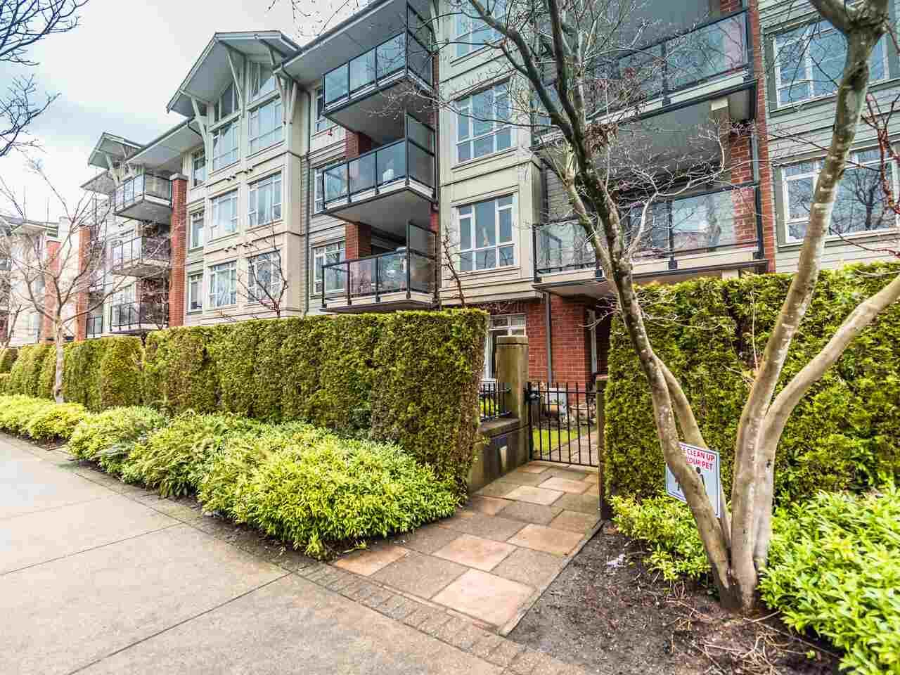 Main Photo: 119 100 CAPILANO Road in Port Moody: Port Moody Centre Condo for sale : MLS®# R2539812