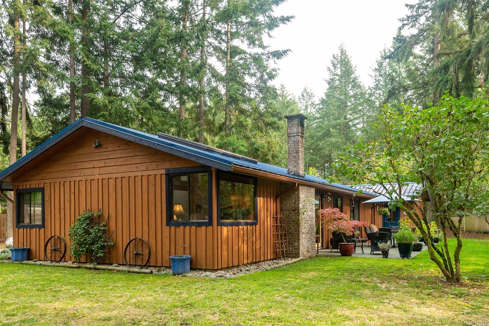Photo 2: Photos: 1137 North End Rd in : GI Salt Spring House for sale (Gulf Islands)  : MLS®# 858827