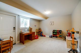 """Photo 31: 21071 78B Avenue in Langley: Willoughby Heights House for sale in """"Yorkson South"""" : MLS®# R2474012"""