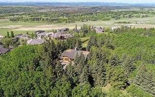 Photo 3: 75 Anatapi Lane SW in Calgary: Springbank Hill Detached for sale : MLS®# A1099057