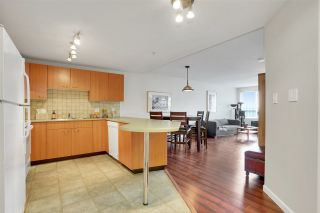 """Photo 7: A317 2099 LOUGHEED Highway in Port Coquitlam: Glenwood PQ Condo for sale in """"SHAUGHNESSY SQUARE"""" : MLS®# R2555726"""