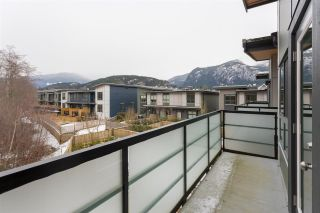 """Photo 11: 1185 NATURES Gate in Squamish: Downtown SQ Townhouse for sale in """"NATURE'S GATE"""" : MLS®# R2242365"""